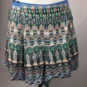 Jessica Simpson island Izzy printed pleated Shorts
